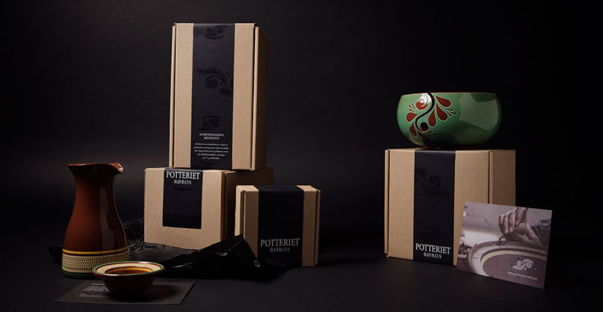 Gaveesker i ulike størrelser. Designet og spesiallaget for keramikken fra Potteriet Røros.